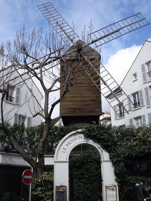 Autre vue du moulin de la Galette à Paris