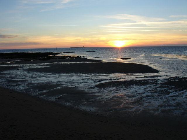 Coucher de soleil vu du port de L'Herbaudière - première photo