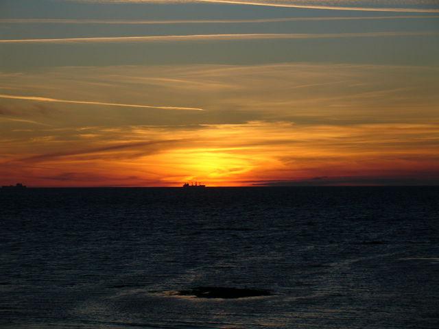 Coucher de soleil vu du port de L'Herbaudière - seconde photo
