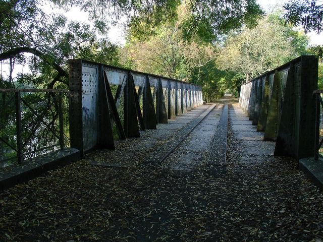 Pont de chemin de fer à St Philbert de Grand Lieu